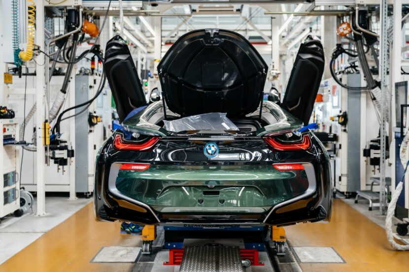 Final BMW i8 Models 36 830x553
