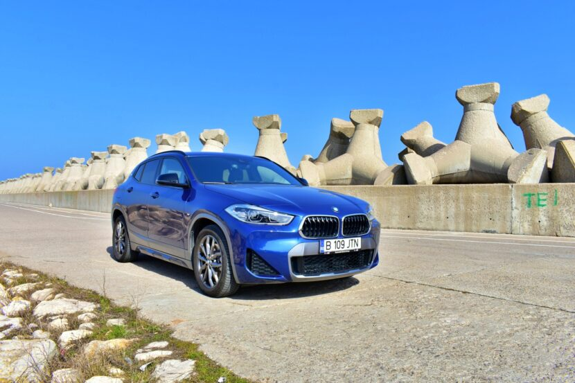 TEST DRIVE 2021 BMW X2 xDrive25e 3 830x553