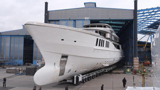 First Photos Staluppi Yacht Spectre In Build At Benetti