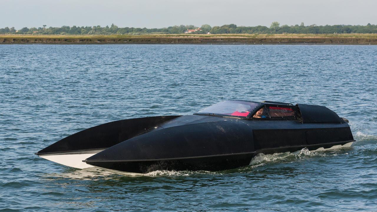 Alpha Centauri Launches First Hydroplane Superyacht Tender