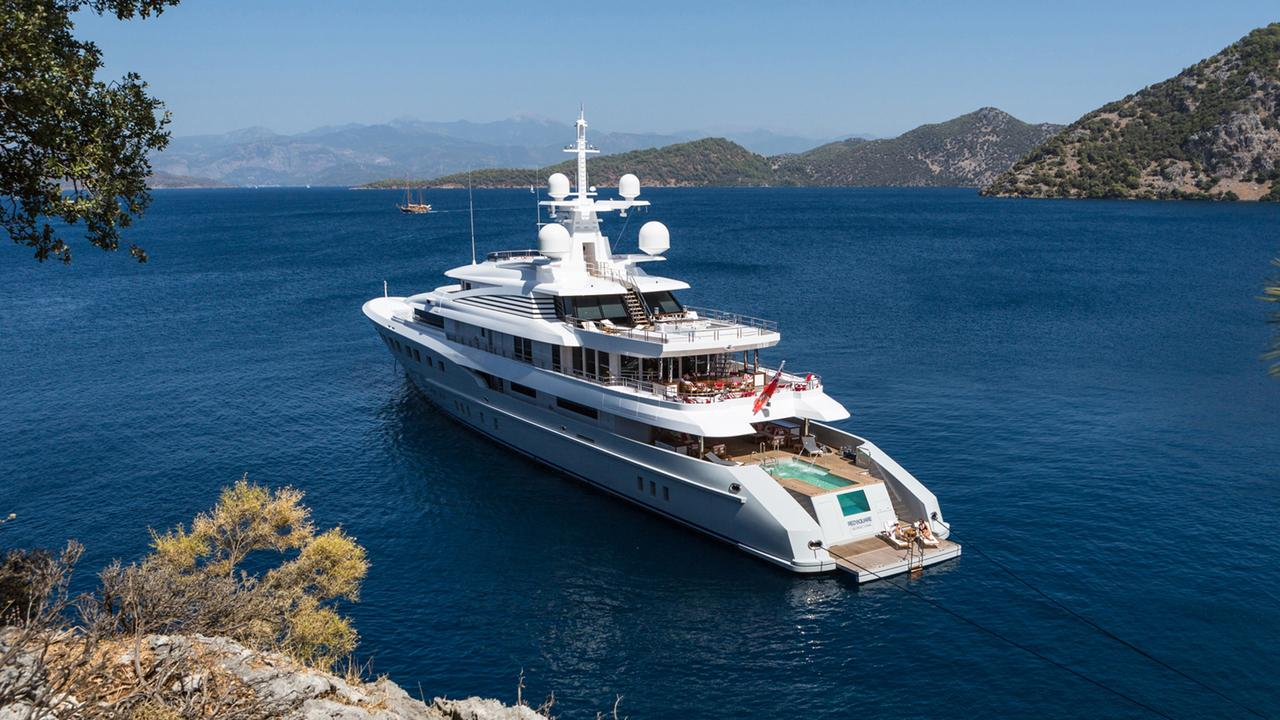 Dunyas First Superyacht Axioma Is Full Of Surprises