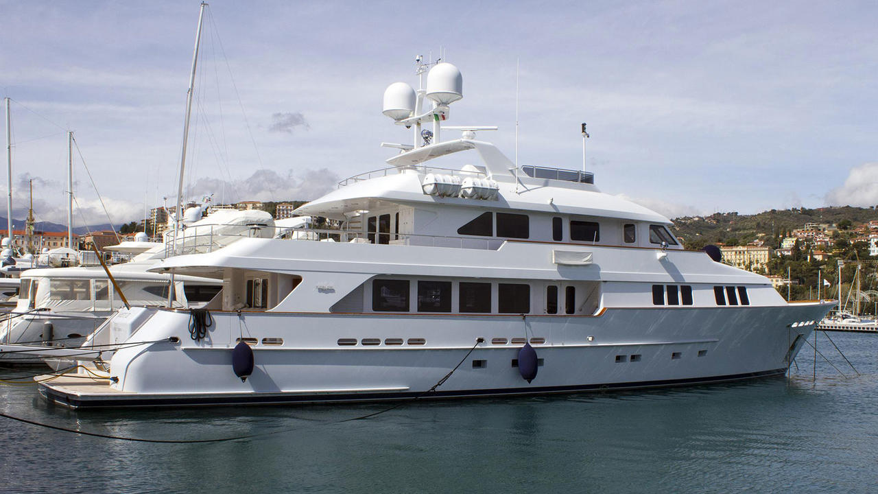 Burger Motor Yacht Areti II Sold Boat International