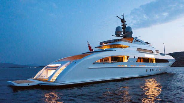 Sleek Lines And An Innovative Hull Combine In Galactica Star Boat International