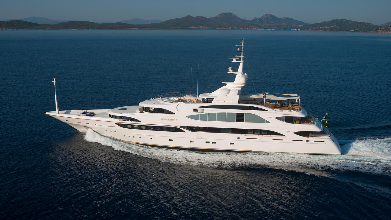 Benetti Motor Yacht Mine Games Now For Sale With Galati