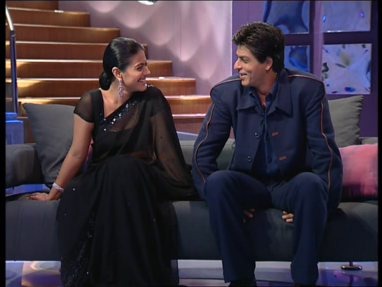 This image has an empty alt attribute; its file name is 15.-Shahrukh-Khan-And-Kajol.jpg