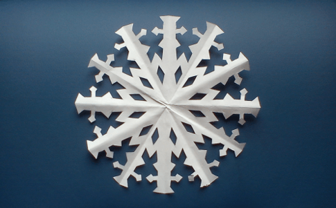 Snowflakes pada latar belakang biru