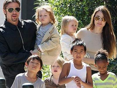 Сколько детей у Анджелины Джоли?