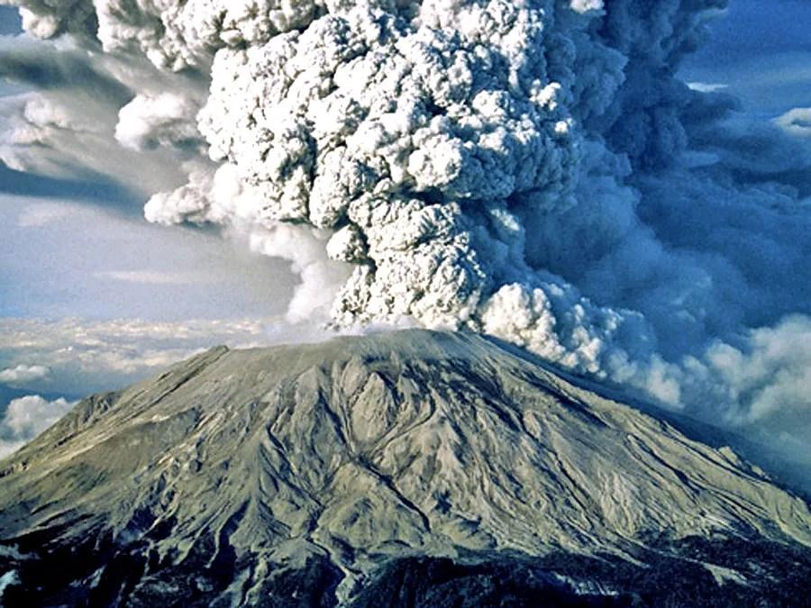 بركان كراكاتوا المشهور>> وجبل  سانت هيلين في ولاية واشنطن