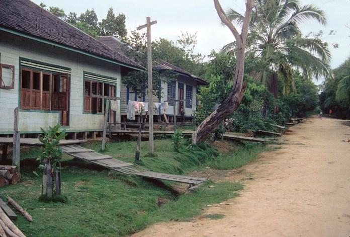 Indonesia Housing Britannica