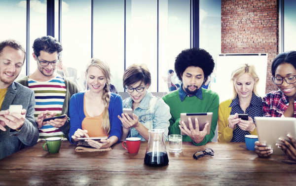 how-do-people-really-behave-online
