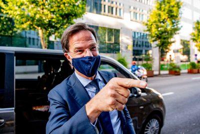Premier Mark Rutte na de persconferentie bij de permanente vertegenwoordiging van Nederland na afloop van de EU-top.