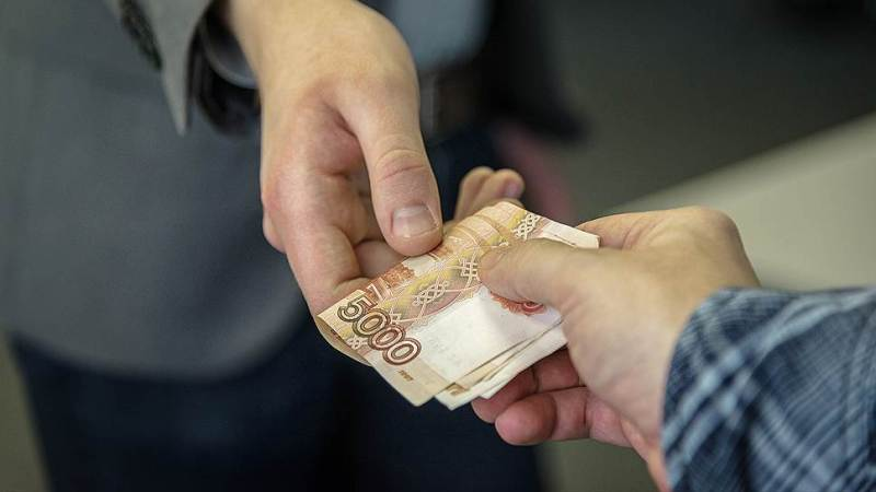 câștigați bani de la domiciliu cu mâna)