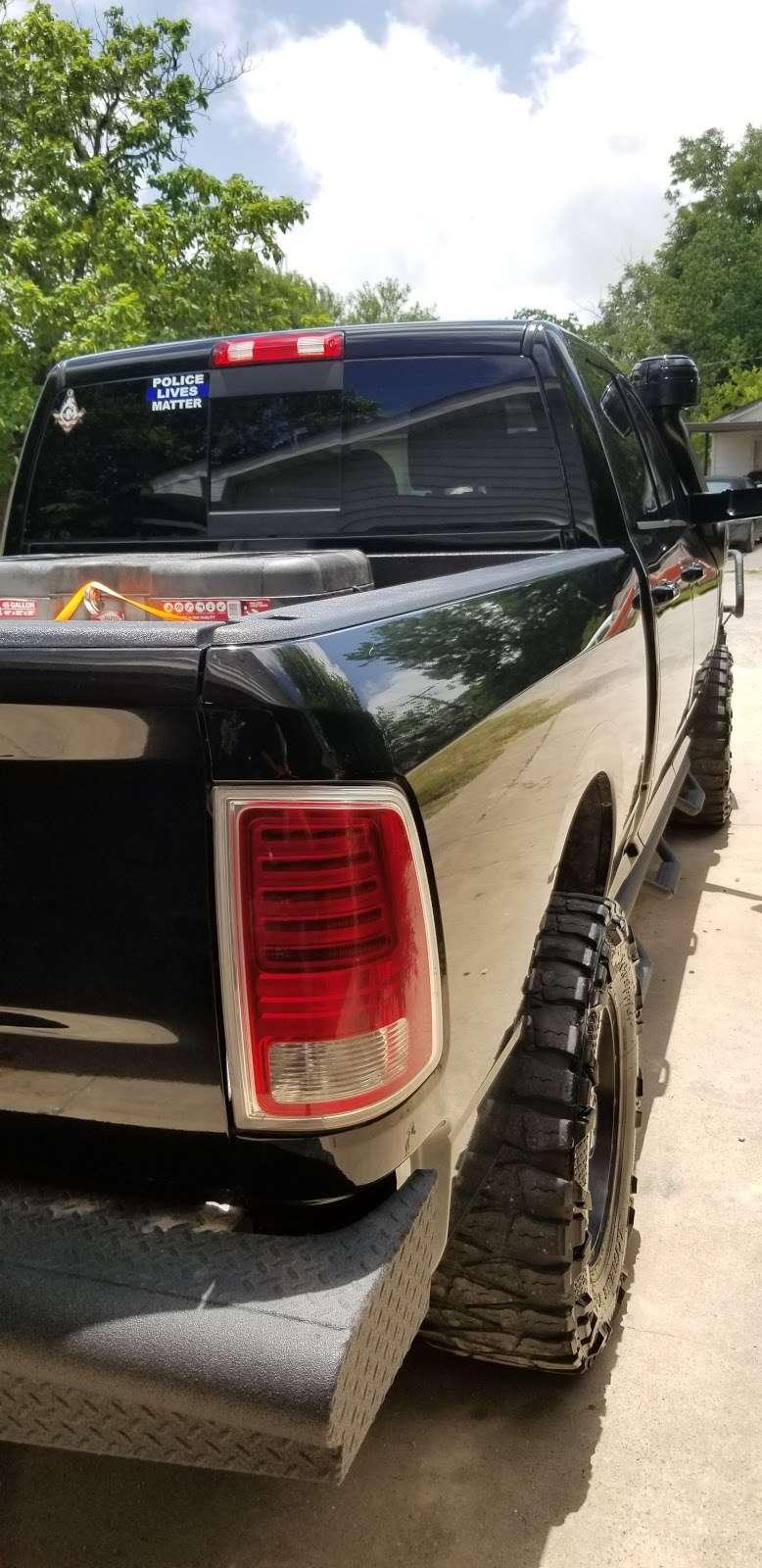 exhaust auto repair 23604 roberts rd