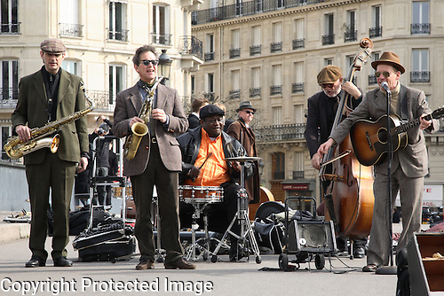 Jazz Band on St Loius Bridge, Paris, France