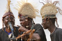 https://i1.wp.com/cdn.c.photoshelter.com/img-get/I0000bdyItikTe6k/s/900/720/African-Musicians-in-Argungu.jpg?resize=200%2C134