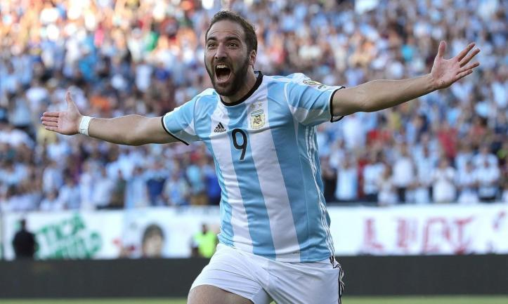 juve-gonzalo-higuain-is-in-madrid-pics-46847-0