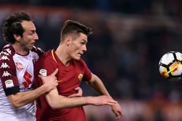 Moretti Torino Schick Roma abbraccio