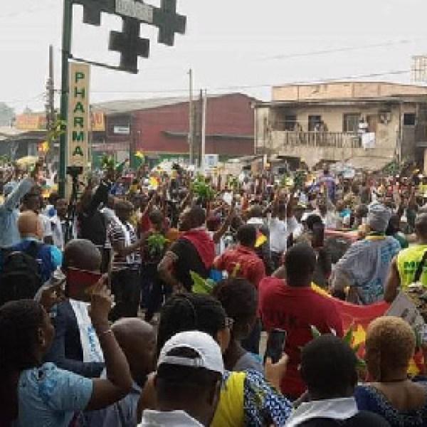 les premières images de l'accueil de Maurice Kamto à Douala