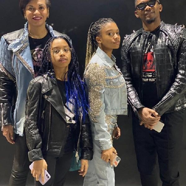 Samuel Eto'o et sa famille habillés par la marque Philip Plein