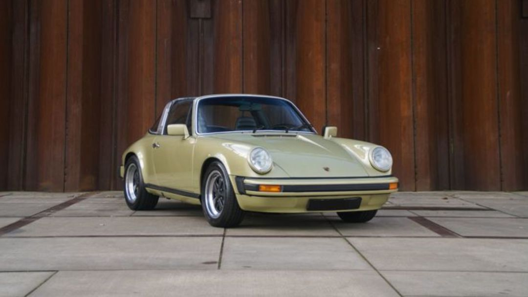 Why Everybody Wants a Porsche 911