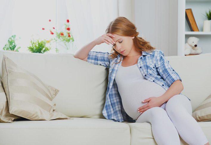هل هناك أي مضاعفات ناتجة عن انخفاض الخلايا الليمفاوية لدى النساء الحوامل؟