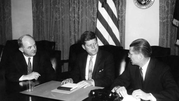 TWE Remembers: JFK Prepares to Tell the Nation About Soviet Missiles in  Cuba (Cuban Missile Crisis, Day Six) | Council on Foreign Relations