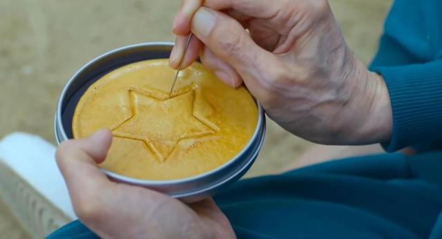 """Revelan la receta de la """"Dalgona candy"""", la galleta que aparece en """"El  juego del calamar"""""""
