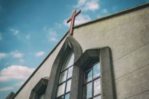 LifeWay Survey Finds Less Than 10 Percent of Protestant Churches Held In-Person Services in April