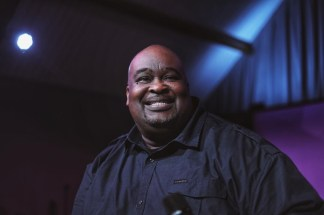 Worship Leader Eddie James Tells Christian Leaders to Unite and 'Hit the Streets' With the Gospel Instead of Just Complaining About Riots