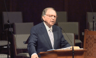 Texas Pastor Earl W. Duggins Dies After Admitting in Easter Sermon He Wanted to Die Alongside His Wife Who Passed Away Two Months Earlier
