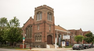 Pastor in Chicago Accuses Mayor of Using 'Soviet Styled KGB Force' in Attempt to Shut Down Church Service