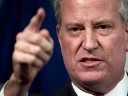 Evangelicals Criticize de Blasio's Threat to 'Permanently' Close Churches and Synagogues That Defy Stay-at-Home Order