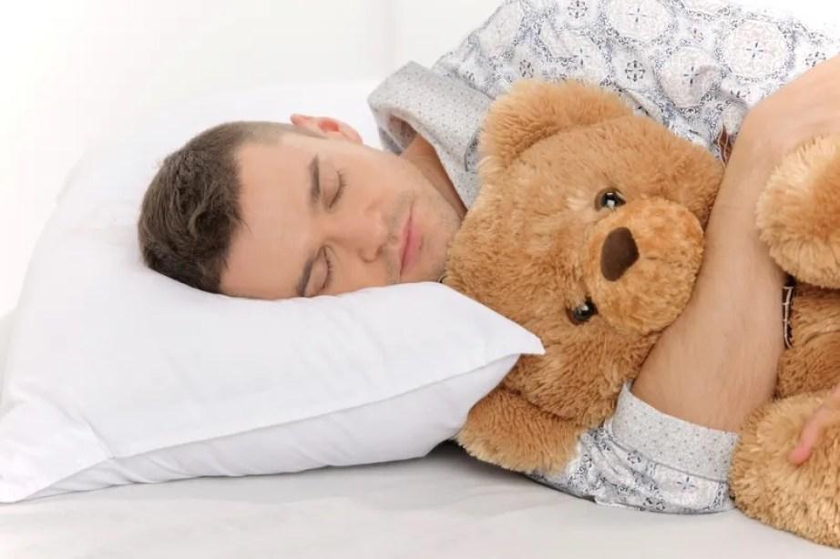 El sueño funciona como reparador de las neuronas (Imagen Pixabay).