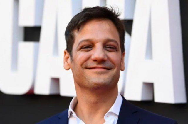 Rodrigo de la Serna debutó en La Casa de Papel y fue tendencia en las redes