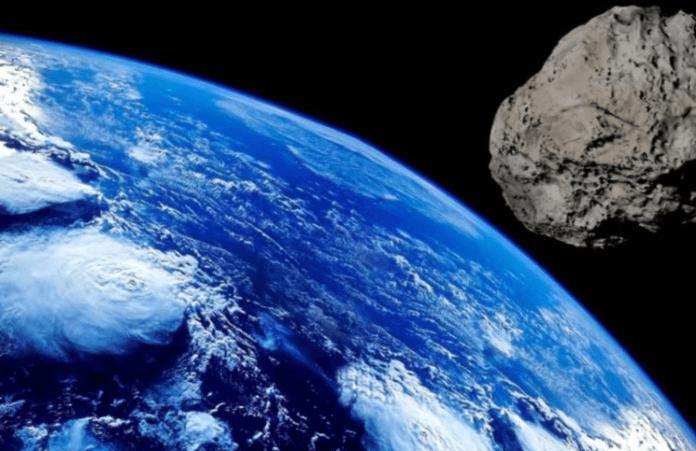 La NASA advirtió que esta semana 5 asteroides pasarán (muy) cerca de la tierra