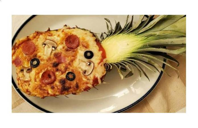 Un restaurante redobla la apuesta y crea ¡una pizza dentro de un ananá!