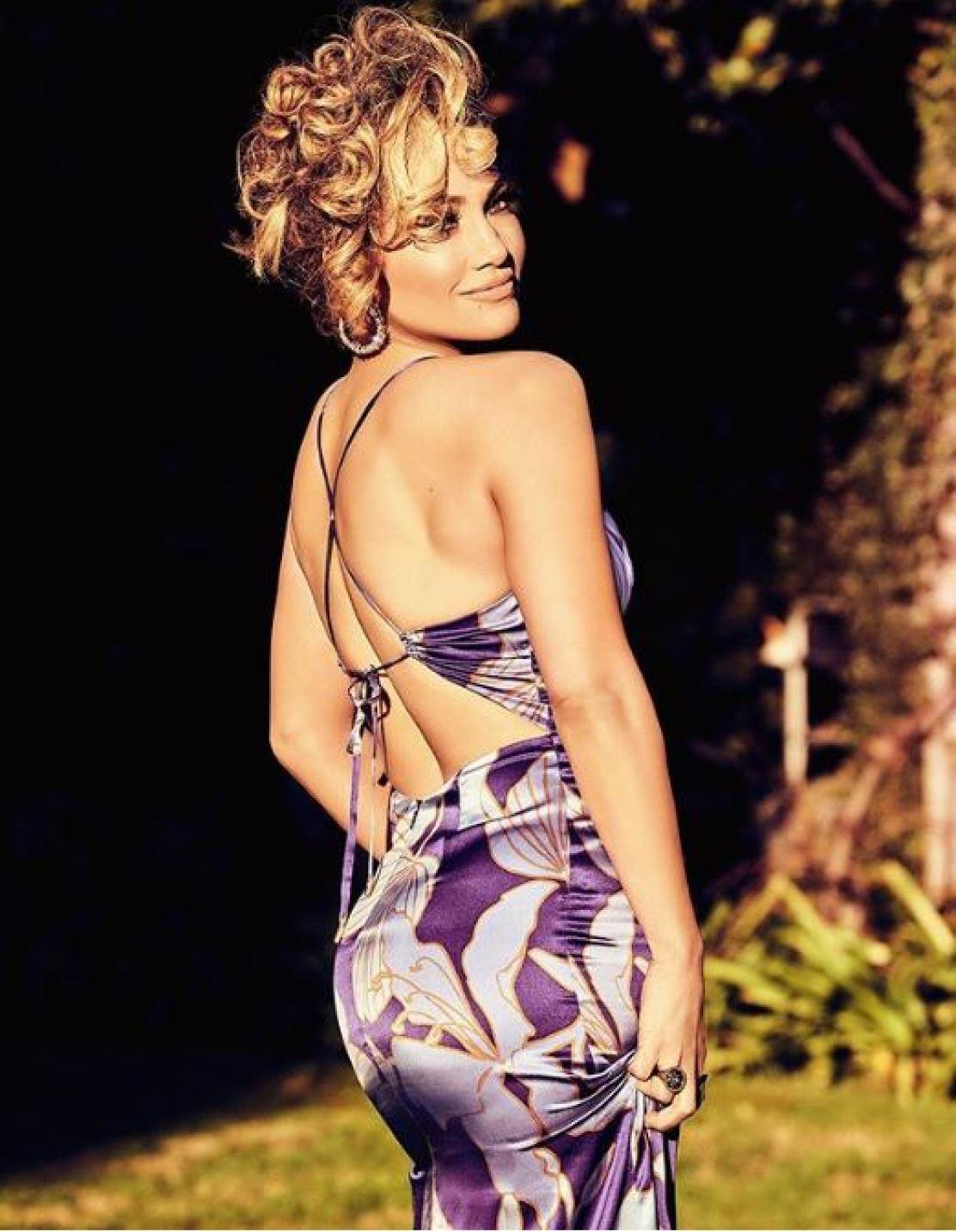Jennifer López realizó campaña para Guess.