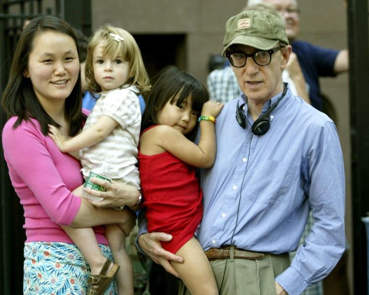 Woody Allen y Soon-Yi Previn: la relación más extraña de la farándula -  Ciudad Magazine