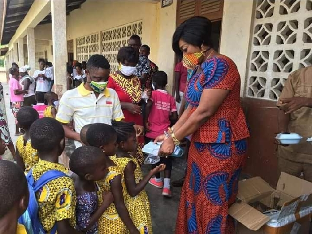 C/R: Agona East MP donates PPE, lunch to schools 2