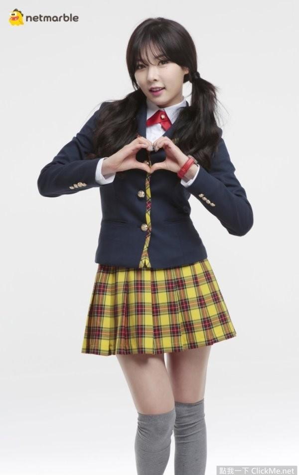 南韓性感女神「泫雅」扮演爆乳高中制服妹