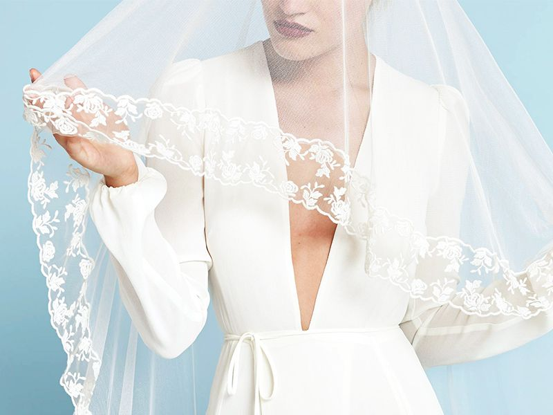 19 Beautiful Wedding Dresses You Can Buy Off The Rack My Blog