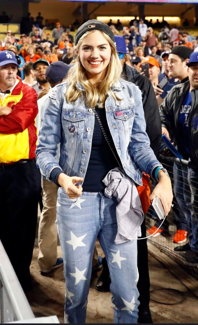 what to wear to a baseball game | who what wear