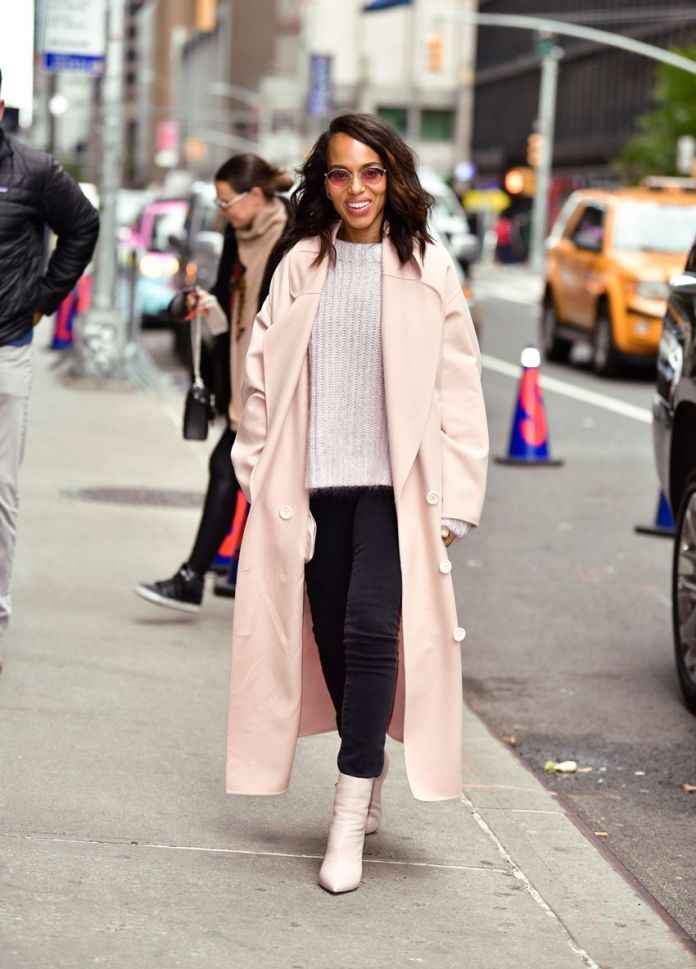 We Hardly Ever See Celebs Put on These Footwear With Skinny Denims Anymore