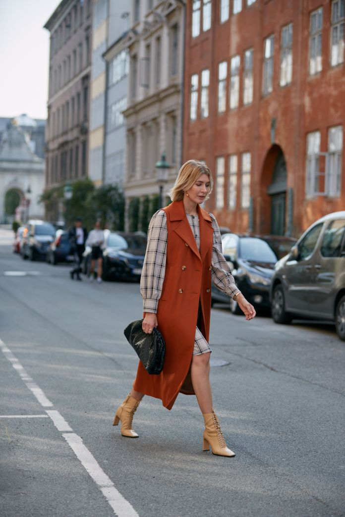 7 Pretty Fall Dresses to Put on With Boots and Call It a Day