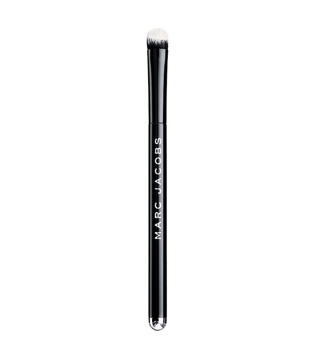 makeup-brush-guide-marc-jacobs-beauty-the-conceal-full-cover-correcting-brush-no.-14