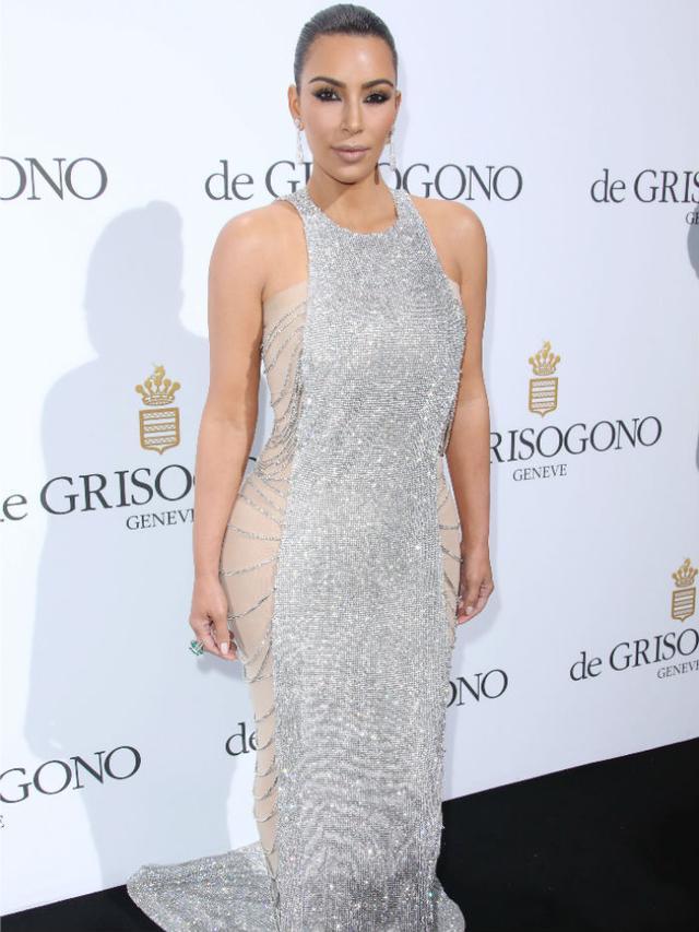 Chanmail trend: Kim Kardashian