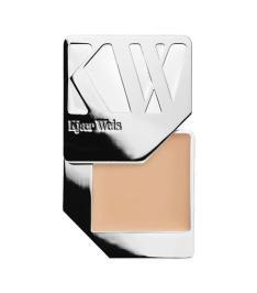 best organic makeup: Kjaer Weis