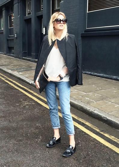 Blazer + Cropped Jeans