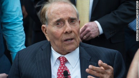 Bob Dole endorses Donald Trump