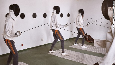 Child prisoners in Senegal learn fencing to stay out of trouble